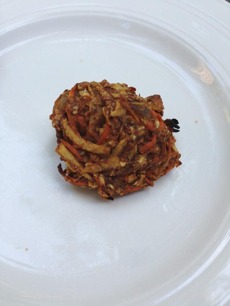 gluten free, vegan apple carrot ginger bites via aparfait